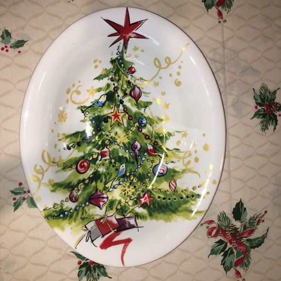 Pottery Barn Christmas.Christmas In July Pottery Barn Oval Serving Bowl